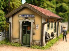 Forums LR PRESSE • Voir le sujet - Photos d'ambiance Le Plessis Robinson, Fine Arts School, Val D'oise, French Models, Model Building, Model Trains, Scale Models, Scenery, Layout
