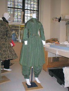 Original reform dress, basis of Past Patterns no. 811 San Diego Historical Society 1851 Bloomer Costume