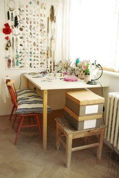 Corner Desk, Facebook, Studio, Life, Furniture, Home Decor, Homemade Home Decor, Corner Table, Studios