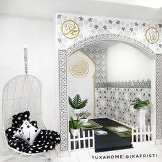 muslim prayer room ideas at home * muslim prayer room ideas at home , home prayer room ideas muslim Islamic Decor, Islamic Wall Art, Home Room Design, Home Interior Design, House Design, Decoraciones Ramadan, Prayer Corner, Islamic Prayer, Prayer Room