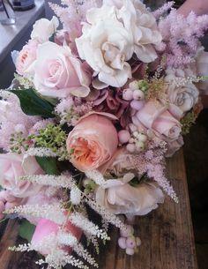 Astilbe, Vuvu Zela roses, Hydrangea, Sweet Avalanche roses and Snowberries www.freshflower.co.uk
