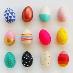 8 Eggcellent DIYs  By Maddie April 18th 2014 We've come a long way from just dying our Easter eggs—now it's an exercise in creativity. From bright colors to eye-catching patterns to fun textures, we're inspired by the following ideas (time to invest in a few dozen eggs!). See our whole Easter inspiration board here.