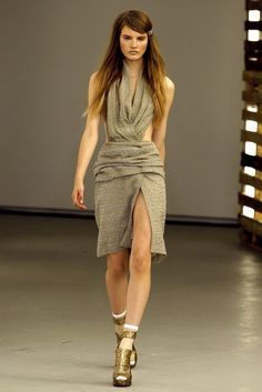 See the complete Rodarte Spring 2011 Ready-to-Wear collection.
