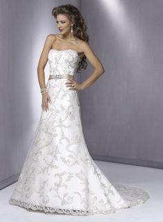 Belle Robe de mariée en dentelle sans bretelle avec une ceinture