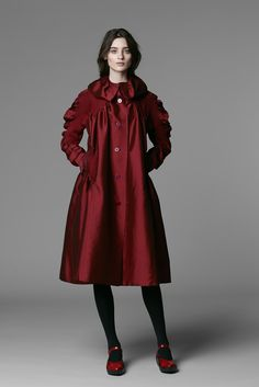 See the complete Issey Miyake Pre-Fall 2013 collection.