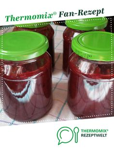 Plum jam with sally potter gingerbread spice. A Thermomix ® recipe from the Sauces / Dips / Spreads category on www.de, the Thermomix ® Community. Plum jam with gingerbread spice Claudia Conrad Thermomix Plum jam with sally p How To Make Dough, Food To Make, Healthy Eating Tips, Healthy Nutrition, Chutney, Winter Marmelade, Fermented Bread, Plum Jam, Vegetable Drinks