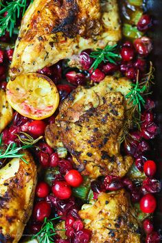 Garlic Rosemary Roast Chicken with cranberries is simple to prepare, super tasty, and just a show-stopper! Everyone loves this festive dish. Find the recipe on Garlic Rosemary Roast Chicken with cranberries is simple to prepare, super tasty,. Garlic Rosemary Chicken, Baked Garlic, Balsamic Chicken, Cranberry Chicken, Cranberry Recipes Dinner, Fall Dinner Recipes, Cooking Recipes, Healthy Recipes, Garlic Recipes