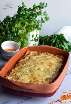 "Sałatka ""pod wódeczkę"";) – Smaki na talerzu Mozzarella, Lasagna, Macaroni And Cheese, Ethnic Recipes, Food, Mac Cheese, Meal, Essen, Hoods"