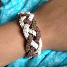 DIY hemp bracelet!