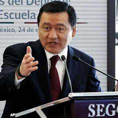 """Segob pide que alcalde de Tepalcatepec denuncie a """"Abuelo"""". Exigimos liberación de Mireles y autodefensas presos. El Dr. José Manuel Mireles, fue detenido el pasado 27 de Junio en Michoacán. Liberen a Mireles y autodefensas presos Ya!!!!"""
