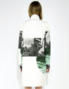 Muffins 533324780849412729 - Photographic print jacket with vivid landscape scenes & graphic shapes; high contrast printed fashion // Dries Van Noten Source by psychochill Non Plus Ultra, High Fashion, Womens Fashion, Fashion Art, Sport Fashion, Fashion Outfits, Inspiration Mode, Print Jacket, Mode Style