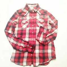 Red fannel shirt Only worn twice, still in great condition. No flaws H&M Tops