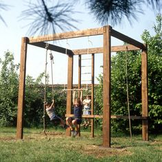 Outdoor Fun For Kids Backyard Playground - Trend Topic For You 2020 Backyard Jungle Gym, Backyard Fort, Kids Backyard Playground, Natural Playground, Backyard For Kids, Outdoor Play Structures, Outdoor Play Spaces, Outdoor Fun For Kids, Outdoor Projects