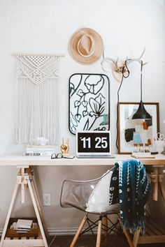 This Whole Austin House Is DIY, But the Kitchen and Sharpie Wall Are Extra Inspiring Sharpie Wall, Home Decor Wall Art, Room Decor, Vases, Austin Homes, Upper Cabinets, Modern Desk, Home Office Design, Open Shelving