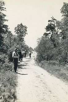 "The Texarkana Moonlight Murders are the violent crimes committed from Feb 22-May 3, 1946 by an unidentified killer known as the ""Phantom Killer."" His MO was that he attacked young couples in lonely areas using a gun with a gun. The killer is credited with attacking 4 couples, killing 5 people, usually 3 weeks apart. The first 2 victims survived, the second two couples were both killed, while in the final attack the husband was killed while his wife was severely wounded."