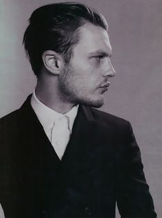 Pitt - Panorama Icon Magazine - Prada Editorial Michael Pitt on my bucket list! ( to meet)Michael Pitt on my bucket list! ( to meet) Michael Pitt, Boardwalk Empire, Pose, Look At You, How To Look Better, Beautiful Men, Beautiful People, Portraits, Actors