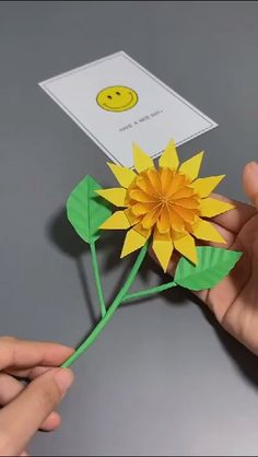 Make sunflower easily – Origami 2020 Paper Origami Flowers, Origami Flowers Tutorial, Easy Origami Flower, Easy Origami For Kids, Origami Simple, Origami Rose, Paper Crafts Origami, Flower Tutorial, 3d Origami Herz