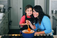 A whole blog on cooking with kids (and kid-friendly recipes)