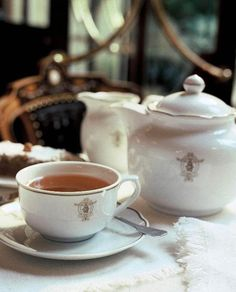 Cafe Majestic.-