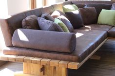 Ideas Para, Couch, Furniture, Custom Cars, Living Room Ideas, Oak Tree,  Shelf, Bed, Homes, Sofa, Diy Sofa, Settee, Daybed
