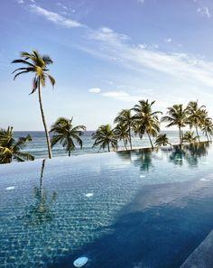 Stunning pool at Ani Villa Dikwella - Sri Lanka.