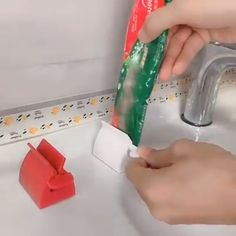 Manual Toothpaste Squeezer - Somehow, it was refreshing ! - Manual Toothpaste Squeezer – Somehow, it was refreshing ! Clever Gadgets, Cool Kitchen Gadgets, Home Gadgets, Gadgets And Gizmos, Cool Kitchens, Bathroom Gadgets, Kitchen Hacks, Car Gadgets, Kitchen Storage