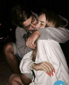 25 Cute Relationship Goals All Couples Should Aspire To - Cute Relationship Goals - Fotoshooting Couple S'embrassant, Photo Couple, Couple Photos, Cute Couple Things, Perfect Couple Pictures, Cute Couple Pics, 21 Things, Wanting A Boyfriend, Future Boyfriend