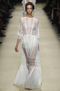 Alberta Ferretti - Milan Fashion Week / Spring... - welcome in the world of fashion