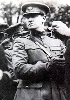 Michael Collins: A Leader of the Irish Republican Army (IRA) Michael Collins, Easter Rising, Erin Go Bragh, Donegal, Irish Men, Interesting History, The Republic, Coming Home, Historian