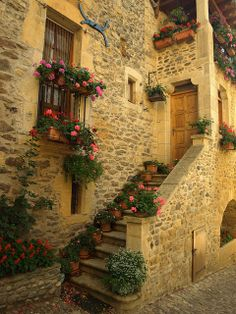 Home in Aveyron France. Occitan: Avairon [avajˈɾu]) is a département in southern France named after the Aveyron River. Beautiful World, Beautiful Homes, Beautiful Places, Beautiful Pictures, Simply Beautiful, Places Around The World, Around The Worlds, Belle France, France 3