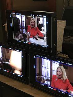 Kim Cattrall, Flat Screen, Electronics, Tv, Blood Plasma, Television Set, Flatscreen, Dish Display, Consumer Electronics