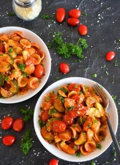 Honey Garlic Baked Pork Bites - Lord Byron's Kitchen Chicken Wing Recipes, Pasta Recipes, Top Recipes, Rice Recipes, Lunch Recipes, Dinner Recipes, Cooking Tomatoes, Baked Asparagus, Zucchini Pasta