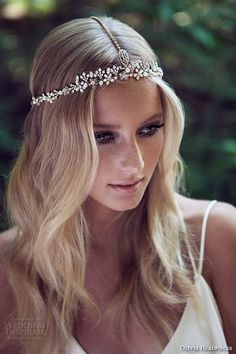 boho themed wedding hairstyle ideas with romantic headpieces headband hairstyles wedding Wedding Charming Bridal Headpieces to Match with Your Hairstyles Boho Headpiece, Boho Headband, Headpiece Wedding, Bridal Headpieces, Crystal Headband, Headpiece Jewelry, Wedding Hair And Makeup, Hair Makeup, Hair Pieces For Wedding