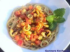 Spaghetti mit Tomaten und Meeresfrüchten - #Rezept