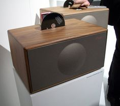 Roundup: 8 Wooden iPod Speaker Docks   Apartment Therapy