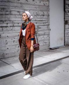 Chic Ways to Wear Turban Hijab in Style Iranian Women Fashion, Muslim Fashion, Modest Fashion, Boho Fashion, Fashion Trends, Casual Hijab Outfit, Hijab Chic, Casual Outfits, Casual Dresses