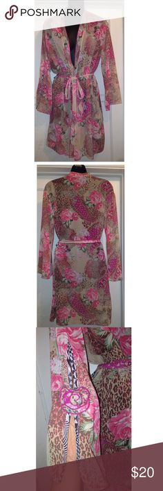 Kimono robe or coverup s/m Gorgeous flower and paisley kimono robe by Josie. Can use as a robe but will also look cute as a swimsuit cover up. Does not have a size tag but will fit a small or small to medium. Color and pattern as shown on photo. Has the little rose decor on the sleeves. Josie Swim Coverups
