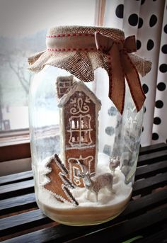 Christmas Home, Merry Christmas, Easy Handmade Gifts, All Holidays, Snow Globes, Gingerbread, Pink, Christmas Decorations, Easter