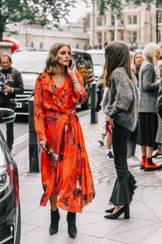 Both Vintage inspired outfits are straight from the streets of London Fashion Week. | At Last, The Secret To Cool Girl Vintage Style Is Revealed!