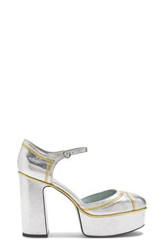 The Marc Jacobs Edie Mary Jane Platform Pump is crafted from smooth and glossy patent goat leather and features an adjustable ankle strap. Heel: 110MM, Pitch: 35MM Half sizes available from 35-41. 100% Goat Leather Made In Italy