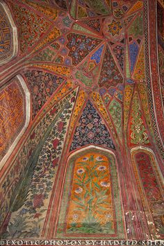 Persian Architecture, Mughal Architecture, Beautiful Architecture, Beautiful Buildings, Art And Architecture, Islamic Art Pattern, Pattern Art, Beautiful Mosques, Beautiful Places