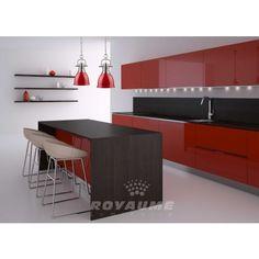 Mini suspendu, base et canapé vieille argent, abat jour de métal rouge lustré, idéal pour ilot, chambre, et salle de bain.