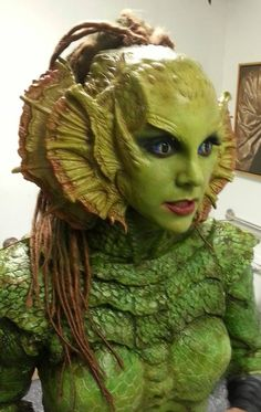 Creature from the black lagoon cosplay - AT&T Yahoo Image Search Results Makeup Fx, Movie Makeup, Face Off, Horror Make-up, Prosthetic Makeup, Monster Makeup, Fantasy Make Up, Theatrical Makeup, Black Lagoon