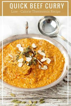 Thermomix Beef Curry is an easy curry recipe which is every bit as good as your favourite Indian Restaurant. Simple ingredients in the Thermomix. Slow Cooker Recipes, Beef Recipes, Recipies, Recipe Maker, Recipe Box, Freezer Friendly Meals, Beef Curry, Curry Dishes, Savory Snacks