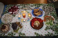 a light vegan Christmas Dinner in Australia : Sweet potatoes with Alfalfa sprouts, Pumpkin falafel,vegetables ,Hummus with nuts.marmite pastry ,homemade cookies,vegan trifle,vanilla pudding and fresh fruit.