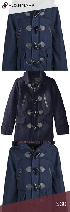 """Boys Classic Wool Blend Hooded Padded Winter Coat Classic hooded toggle coat - Navy  length - 26"""" Arms- 23"""" chest - 17""""  90% Polyester - 10% Wool Urban Republic Jackets & Coats"""
