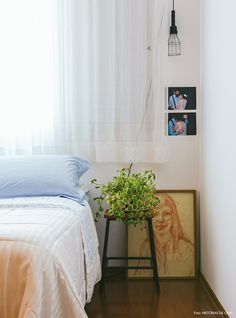 20-decoracao-quarto-mesa-lateral-plantas-fotografia