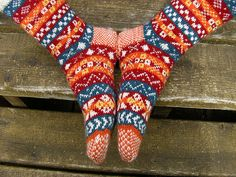 OXO Pattern Fair Isle Socks pattern by Margaret Stuart You can find the book Country Weekend Socks on display, just ask.