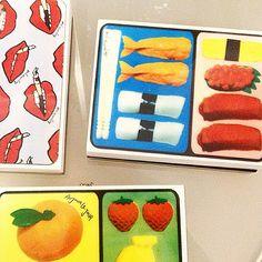 Sushi for breakfast? Bento box clutch for Au Jour Le Jour! @sosweet_pr_events #breakfast #goodmorning #clutch #bentobox #design #aujourlejour #foodporn