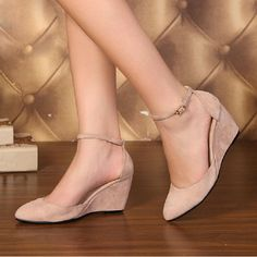 Elegant Suede Upper Wedge Heels Closed Toe Shoes 16509 10807355 - Closed-toe Wedges - dressv.Com